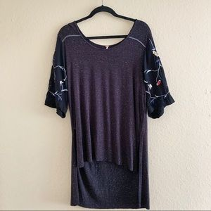 FREE PEOPLE Floral Embroidered Sleeve Dotted Tee